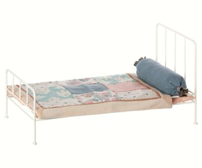 romantic-bed-cama-maileg