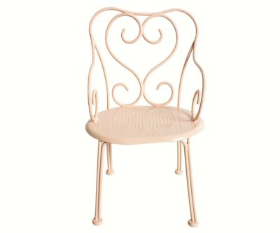 romantic-chair-vintage-powder-maileg