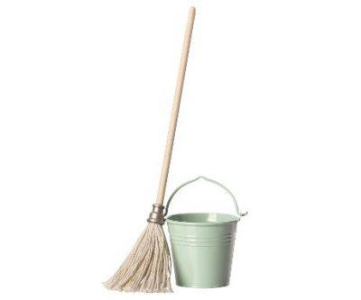 cubo-fregona-maileg-bucket